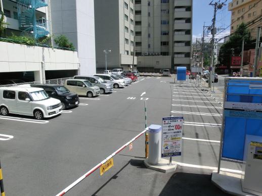 鹿児島中央駅近く大型駐車場